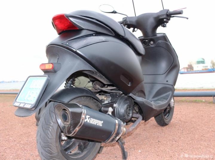 Nieuw Piaggio Zip 4t 2v Snor Mat Zwart AKRAPOVIC - Scooterplaats MO-49