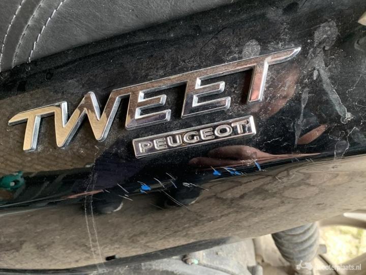 Peugeot Tweet zwart
