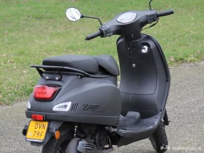 AGM VX50 matzwart