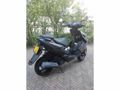 Aerox scooter 4 takt