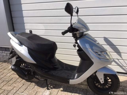 Turbho CD50 4 takt Snorscooter