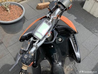 Yamaha Overig oranje