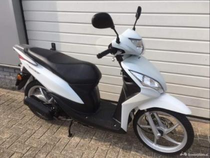 Honda Vision 50cc 4 takt