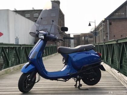 Custom Vespa S Blue !