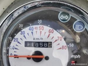 Sym Mio scooter 2009