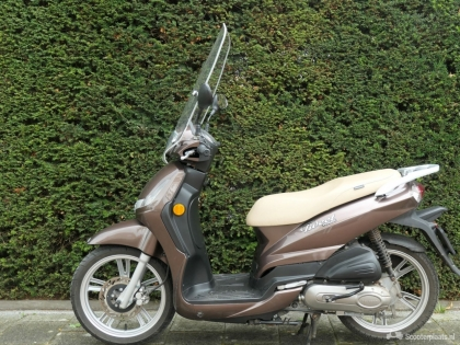 Peugeot Tweet scooter
