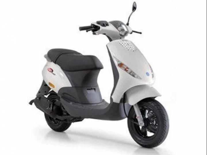 piaggio zip, 25 km - scooterplaats