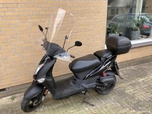 Mooie goed rijdende kymco scooter.