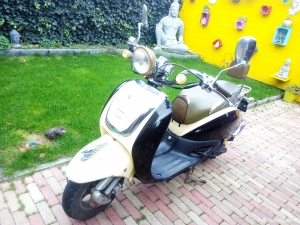 Te koop AGM scooter