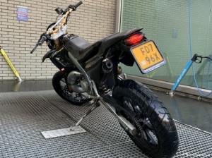 Derbi Senda DRD Racing zwart