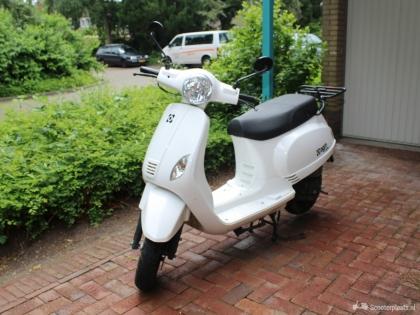 Witte AGM VX50 te koop!
