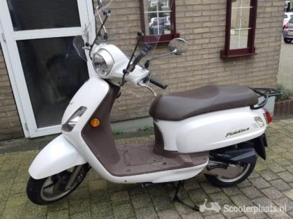 Sym fiddle 50 km scooter