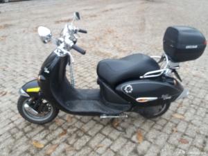 Goedrijdende scooter