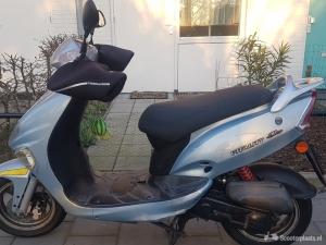 Leuke Kymco Vitality scooter