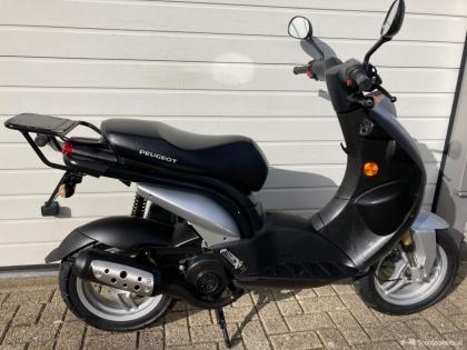 Peugeot Ludix zwart