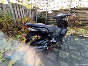Peugeot Speedfight zwart