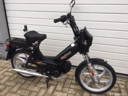 Tomos Quadro 25 Elektrische start snor BJ 2012