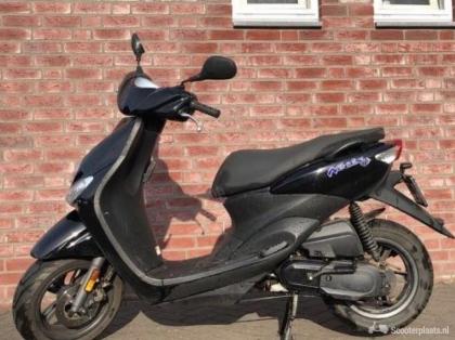 Te koop Yamaha Neos scooter 45 km