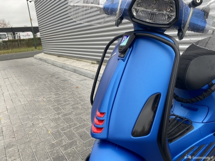 Vespa Sprint blauw