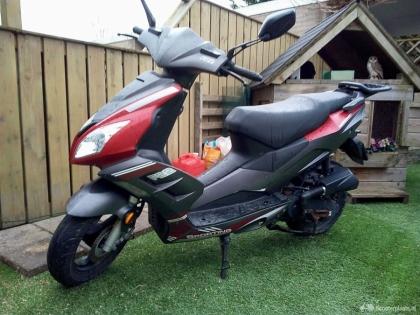 fijne betrouwbare scooter zonder val schade !!!!