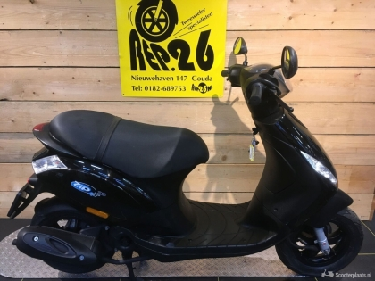 Piaggio Zip, bj 2015, voor 1395 incl rijklaar