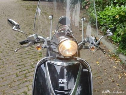 Sym allo scooter