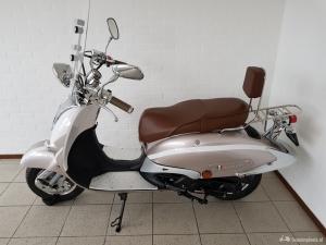 Splinternieuwe scooter te koop!!
