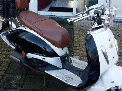 Nette retro scooter