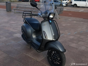Vespa Sprint 4T Full Option Snot