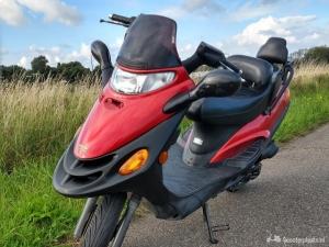 Kymco Dink 2 takt scooter