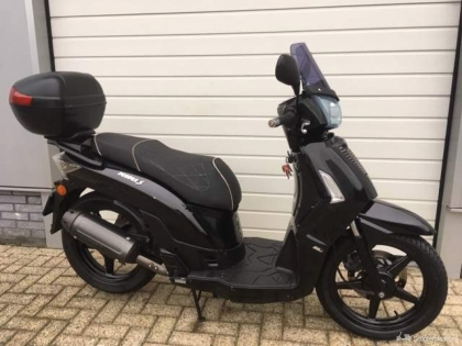 Kymco People S 4 takt