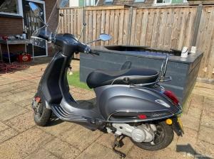 Scooter met anti lek banden en nieuwe accu