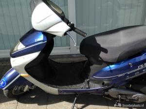 Tekoop snor scooter blauwe kenteken