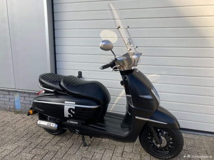 Peugeot Django Sport bromscooter