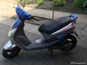 Mooie scooter, technisch in uitstekende staat!!