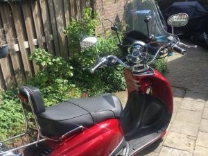 mooie scooter in goede staat!